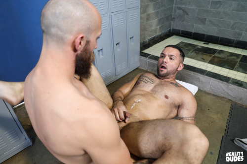 Hot muscle cum spurts out of his dick as hes fucked senseless