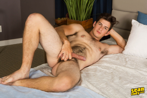 Gorgeous hairy muscle hunk Kaleb shows off his hairy bush